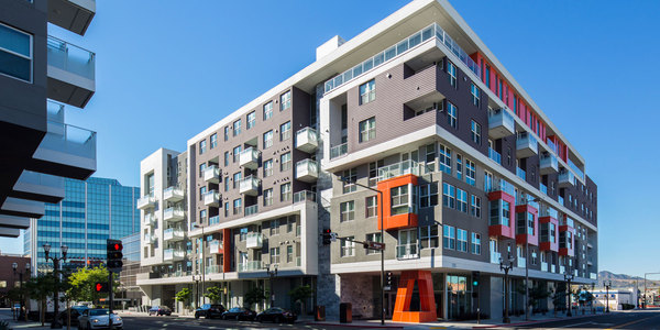Exterior of Bedford Corporate Housing property in Glendale. Furnished Apartments in Los Angeles near Glendale Galleria.