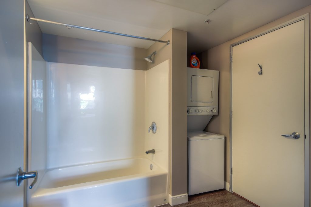 Washer and dryer in every unit at Bedford Corporate Housing's property in Downtown LA near LA Live. For the best short term rental in Los Angeles, contact Bedford.