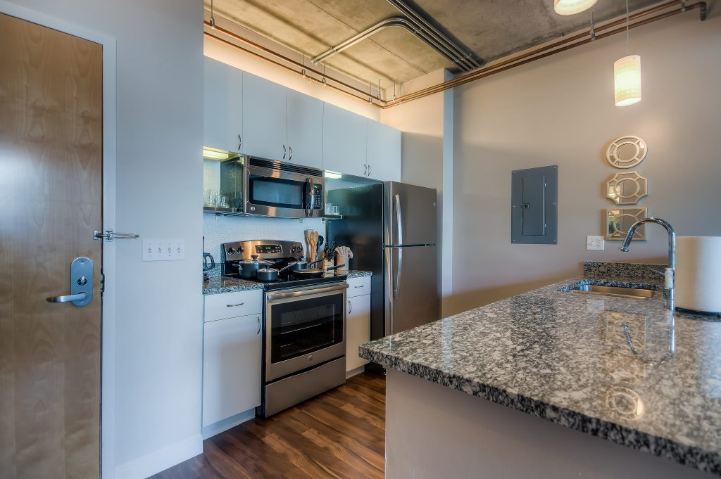 Furnished kitchens in every unit at Bedford Corporate Housing's property in Downtown LA near LA Live. For the best furnished rentals in Los Angeles, contact Bedford.