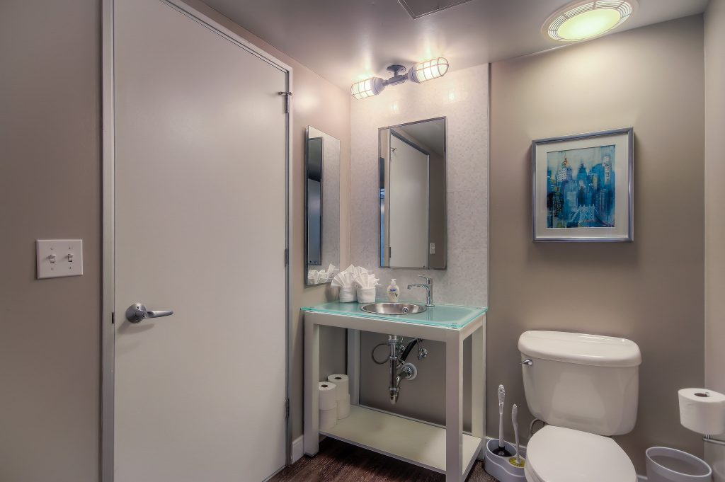 Furnished bathroom in every unit at Bedford Corporate Housing's property in Downtown LA near LA Live. For the best short term rental in Los Angeles, contact Bedford.