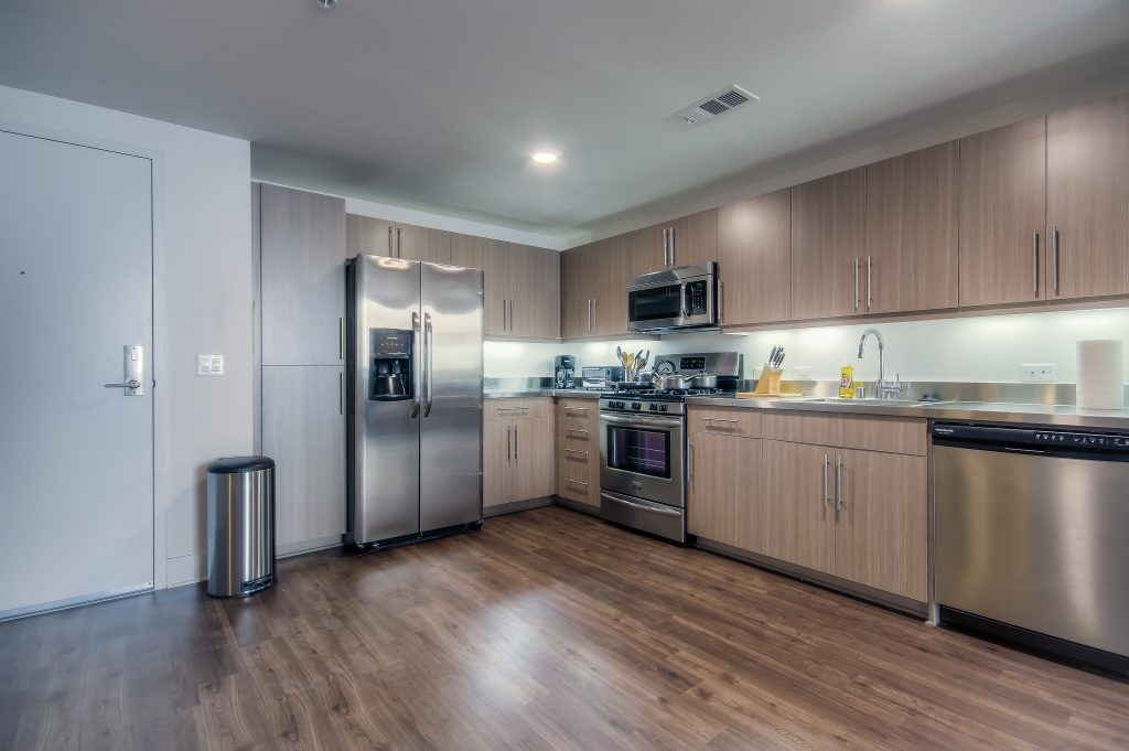 Modern kitchen available at Bedford Corporate Housing's property in Playa Vista. For the best short term rental in Los Angeles, contact Bedford.