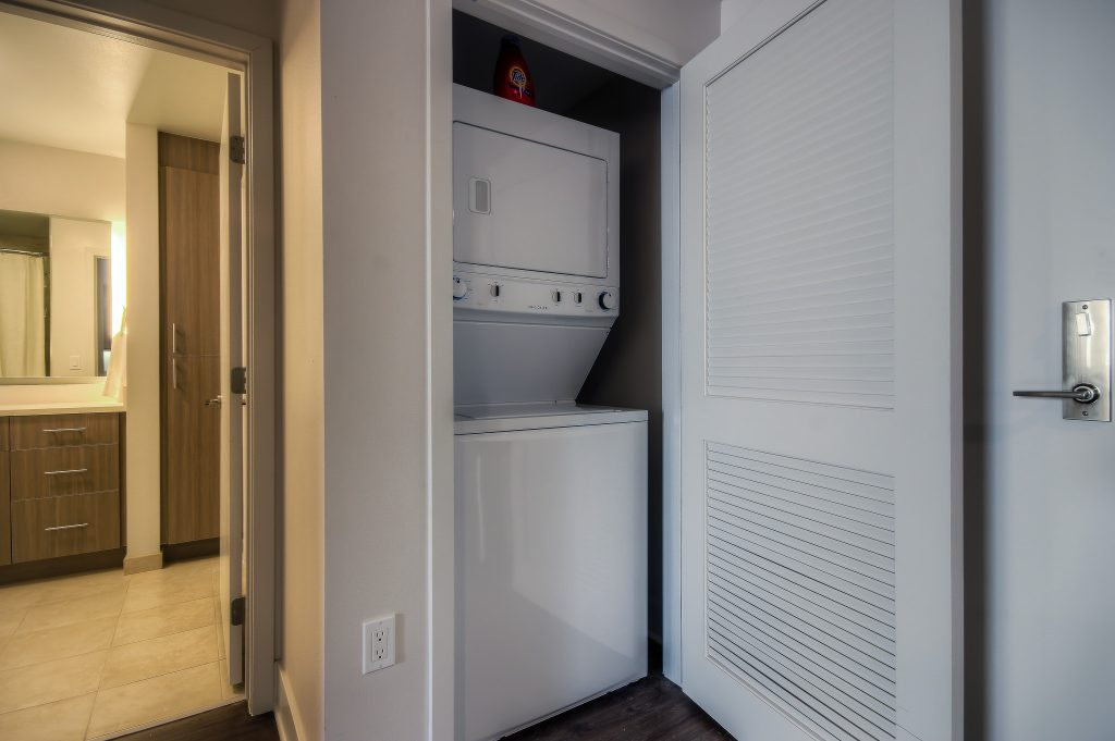 Available amenities at Bedford Corporate Housing's property in Playa Vista. Laundry. For the best Furnished Rentals in Los Angeles, contact Bedford.
