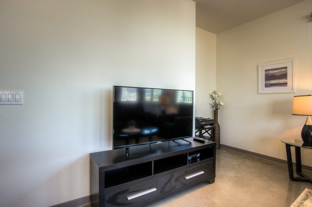 Wide screen televisions in every unit at Bedford Corporate Housing's property in Glendale Galleria. For the best furnished apartments in Los Angeles, contact Bedford.