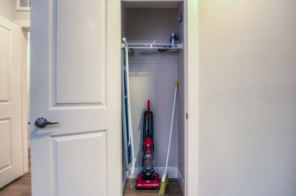 This spacious closet space is available at Bedford Corporate Housing's property in Westwood Village. For the best Temporary Housing in Los Angeles, contact Bedford.