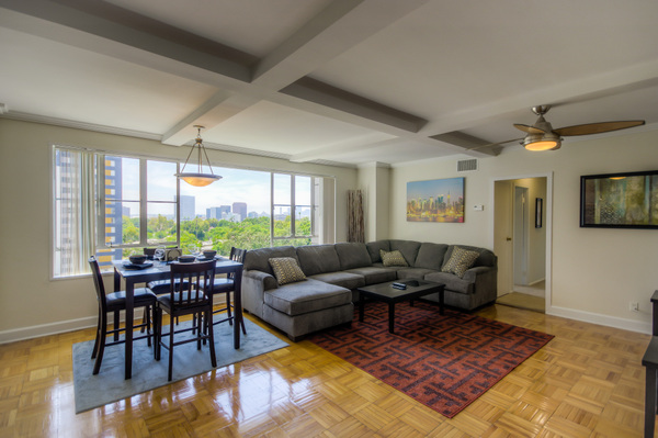 Spacious furnished living rooms at Bedford Corporate Housing's property in Hollywood near The Grove Towers. For the best short term lease in Los Angeles, contact Bedford.