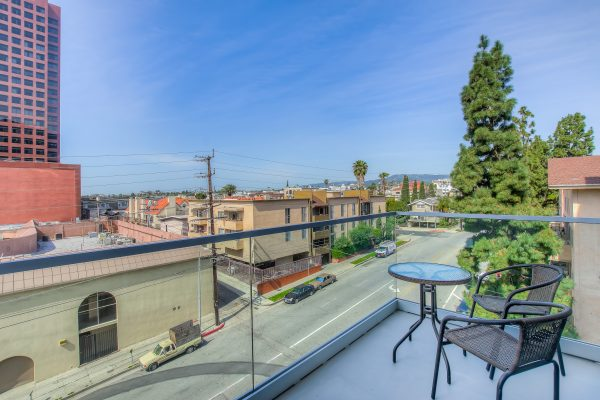 The view from the Bedford Corporate Housing apartment complex in Brentwood. Centrally located Corporate Apartments in Los Angeles.